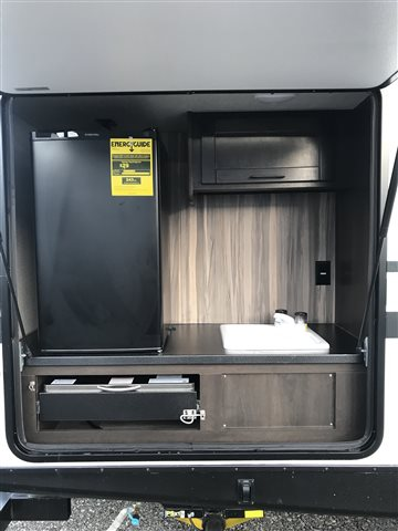 2021 CrossRoads Cruiser Aire CR33BHB at Lee's Country RV