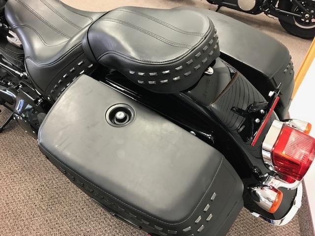 2019 HARLEY-DAVIDSON FLHC at Carlton Harley-Davidson®