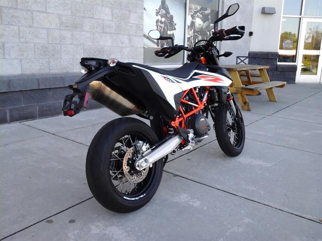 2020 KTM SMC 690 R at Yamaha Triumph KTM of Camp Hill, Camp Hill, PA 17011