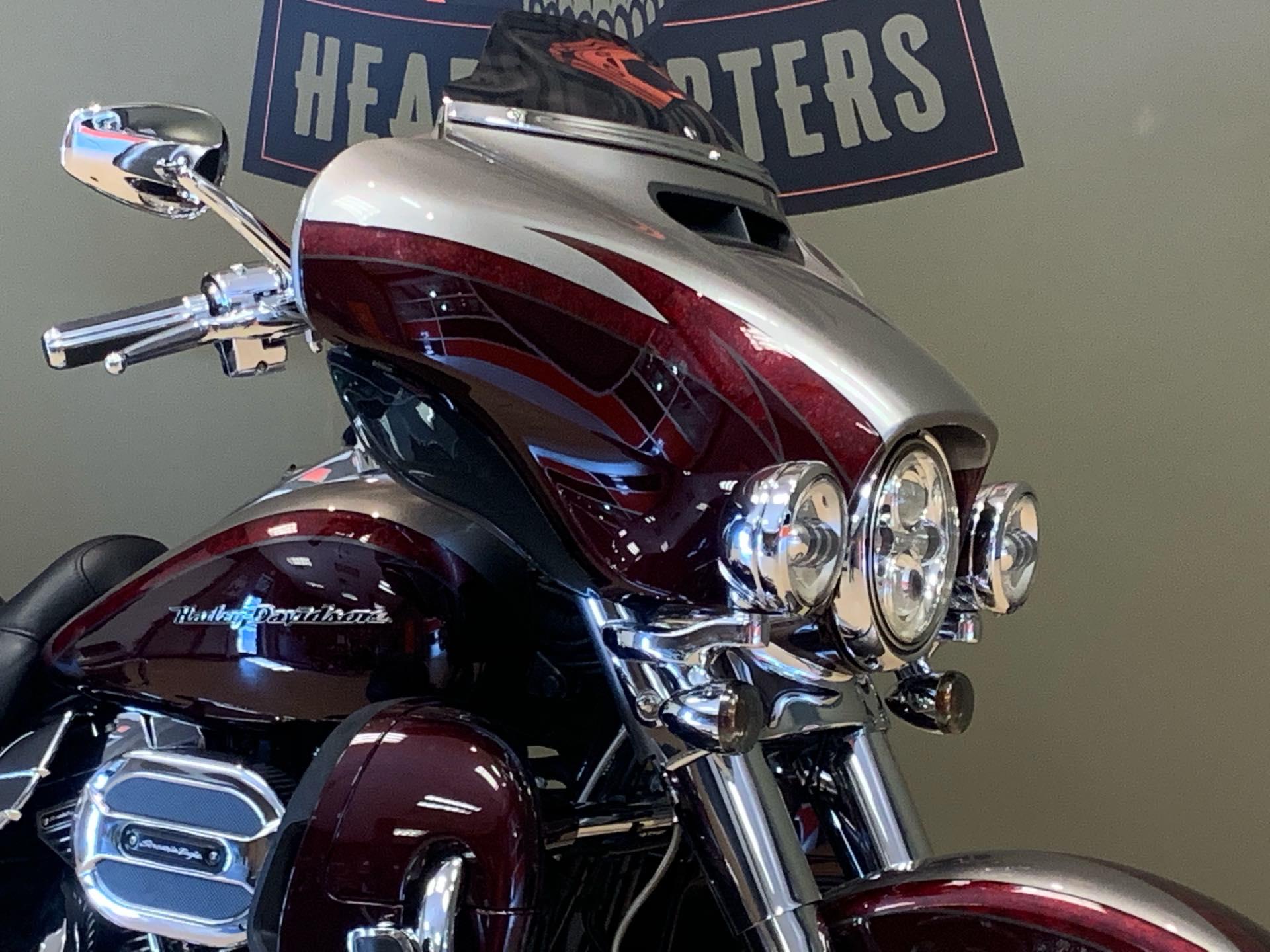 2015 Harley-Davidson Electra Glide CVO Limited at Loess Hills Harley-Davidson