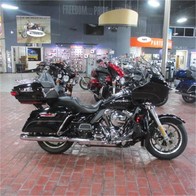 2016 Harley-Davidson Road Glide Ultra at Bumpus H-D of Memphis