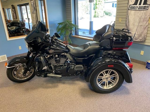 2013 Harley-Davidson Trike Tri Glide Ultra Classic at Carlton Harley-Davidson®