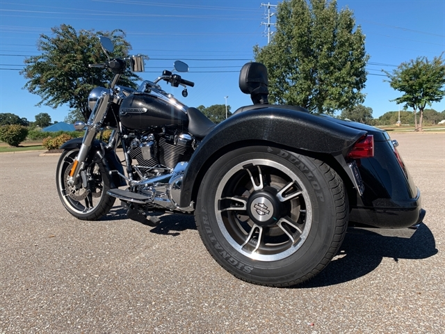 2017 Harley-Davidson Freewheeler Freewheeler at Bumpus H-D of Jackson