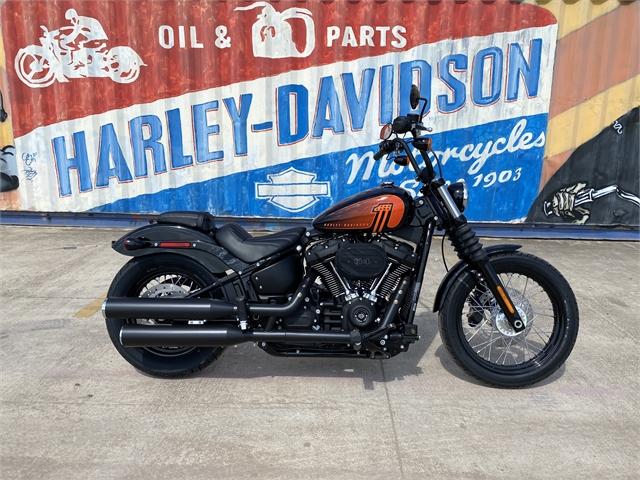 2021 Harley-Davidson Cruiser FXBBS Street Bob 114 at Gruene Harley-Davidson