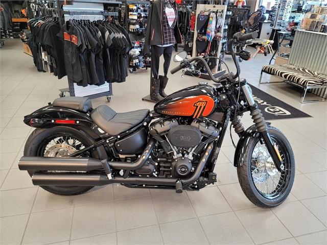 2021 Harley-Davidson Cruiser Street Bob 114 at Rooster's Harley Davidson