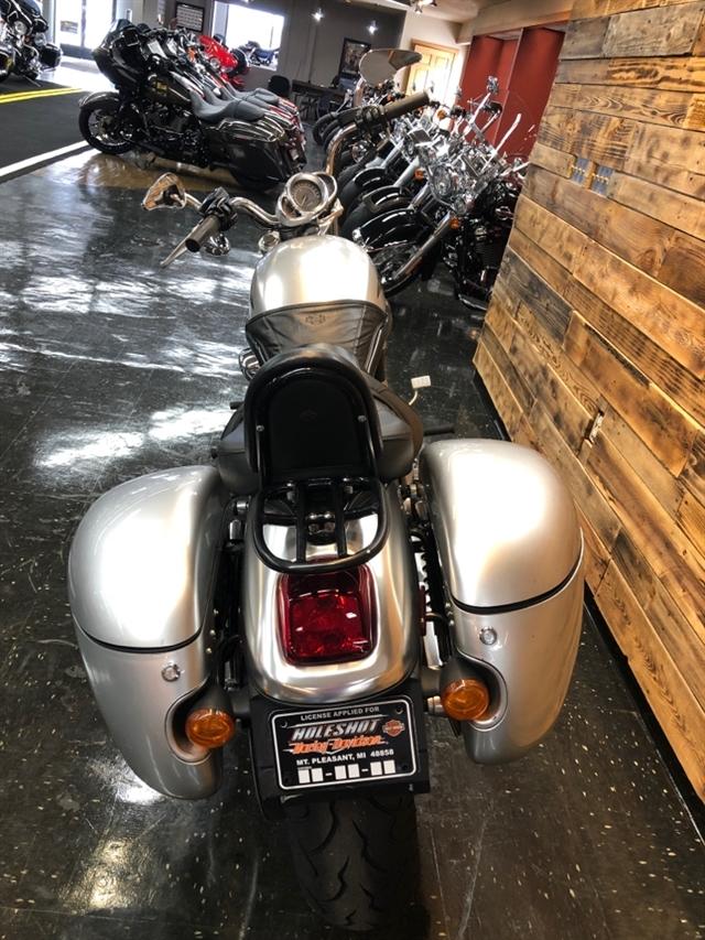 2004 Harley-Davidson VRSC B V-Rod at Holeshot Harley-Davidson