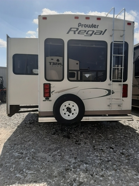 2004 Heartland PROWLER 285RLS at Youngblood RV & Powersports Springfield Missouri - Ozark MO