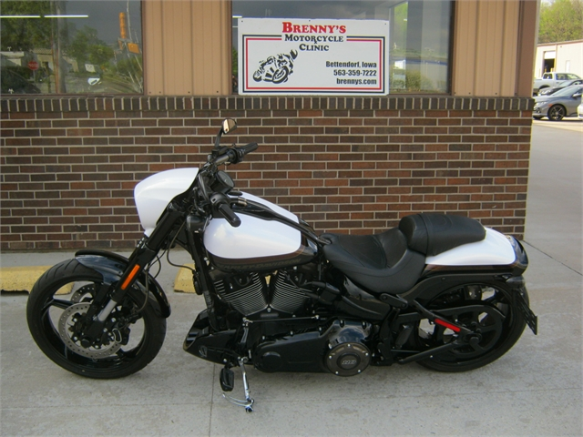 2017 Harley-Davidson Breakout CVO at Brenny's Motorcycle Clinic, Bettendorf, IA 52722