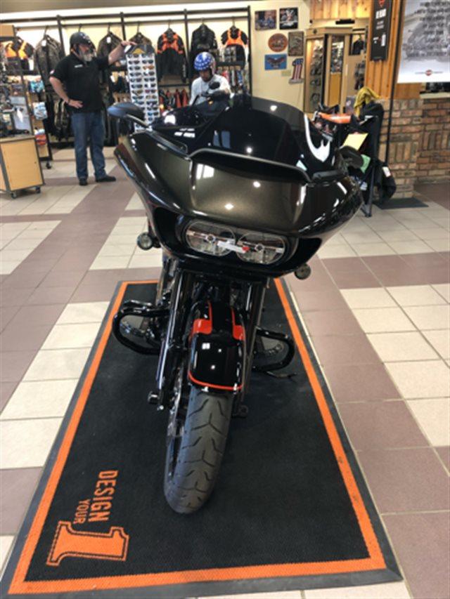 2018 Harley-Davidson Road Glide® CVO™ Road Glide® at High Plains Harley-Davidson, Clovis, NM 88101