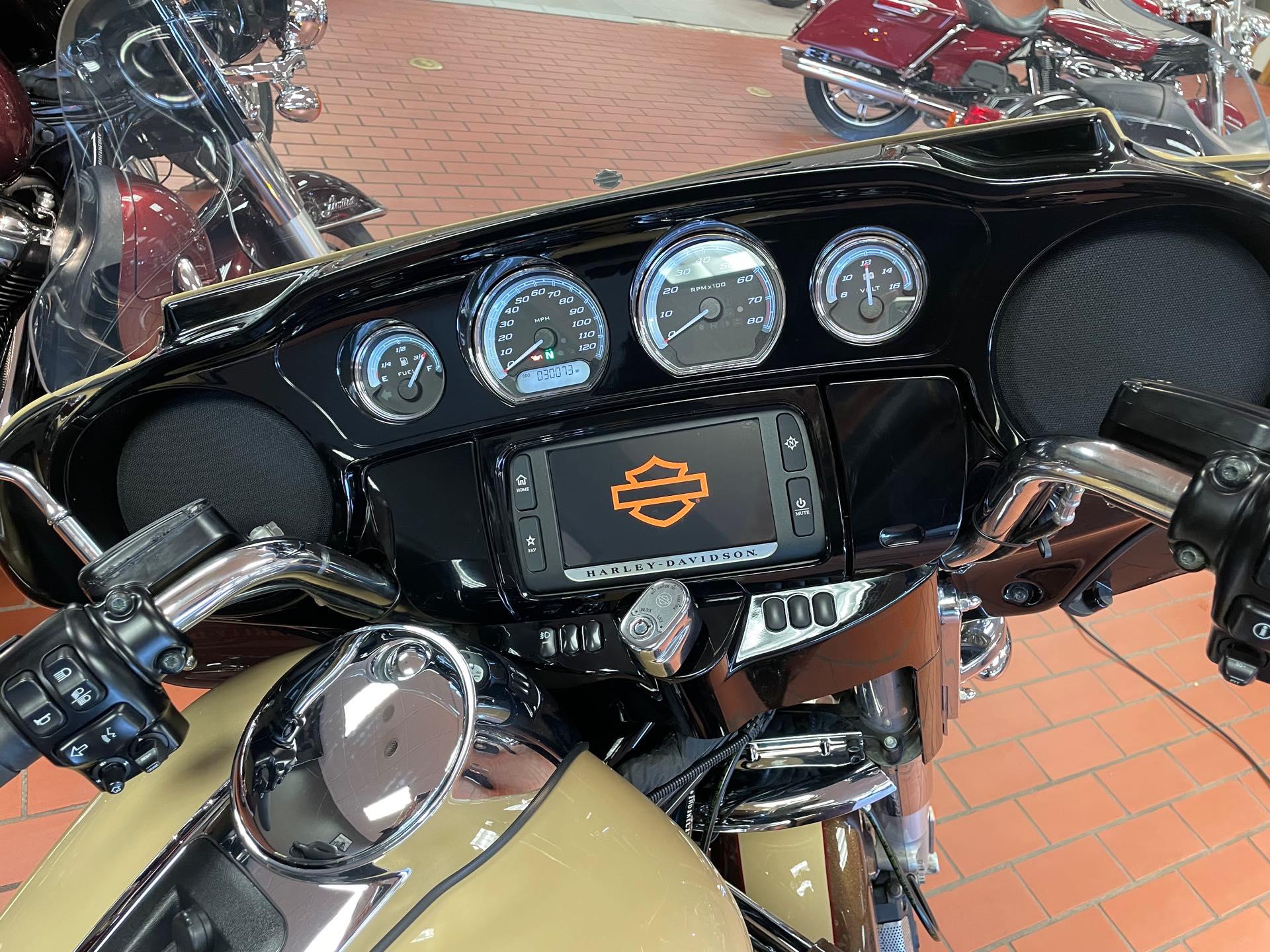 2014 Harley-Davidson Electra Glide Ultra Limited at Rooster's Harley Davidson