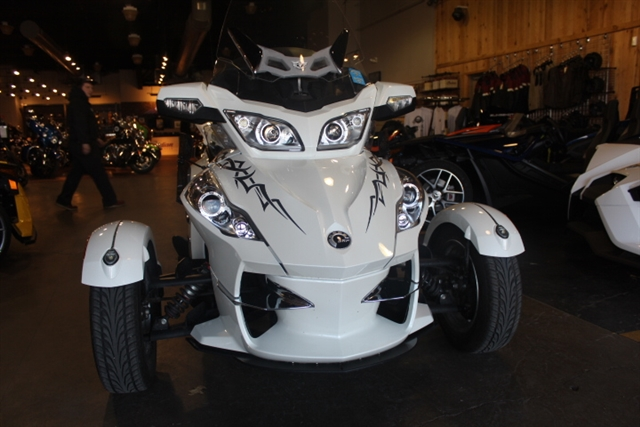 2011 Can-Am Spyder Roadster RT-Limited at Mungenast Motorsports, St. Louis, MO 63123