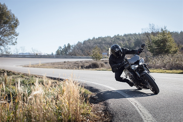 2019 Triumph Street Triple RS at Frontline Eurosports