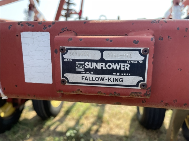 1998 Sunflower 3070-49 at Keating Tractor