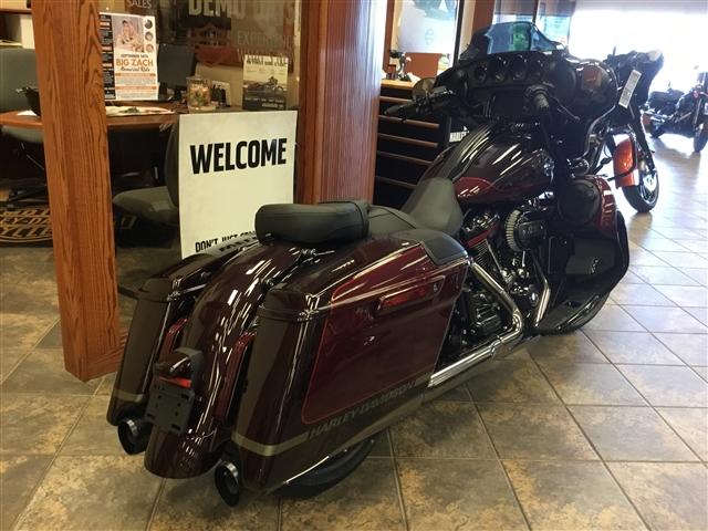 2019 Harley-Davidson Street Glide CVO™ Street Glide® at Bud's Harley-Davidson, Evansville, IN 47715