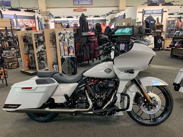 2020 Harley-Davidson FLTRXSE at Destination Harley-Davidson®, Silverdale, WA 98383