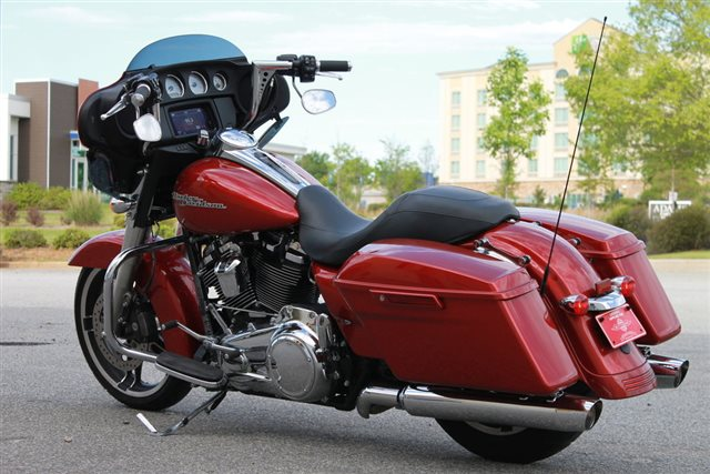 2019 Harley-Davidson Street Glide Base at Extreme Powersports Inc