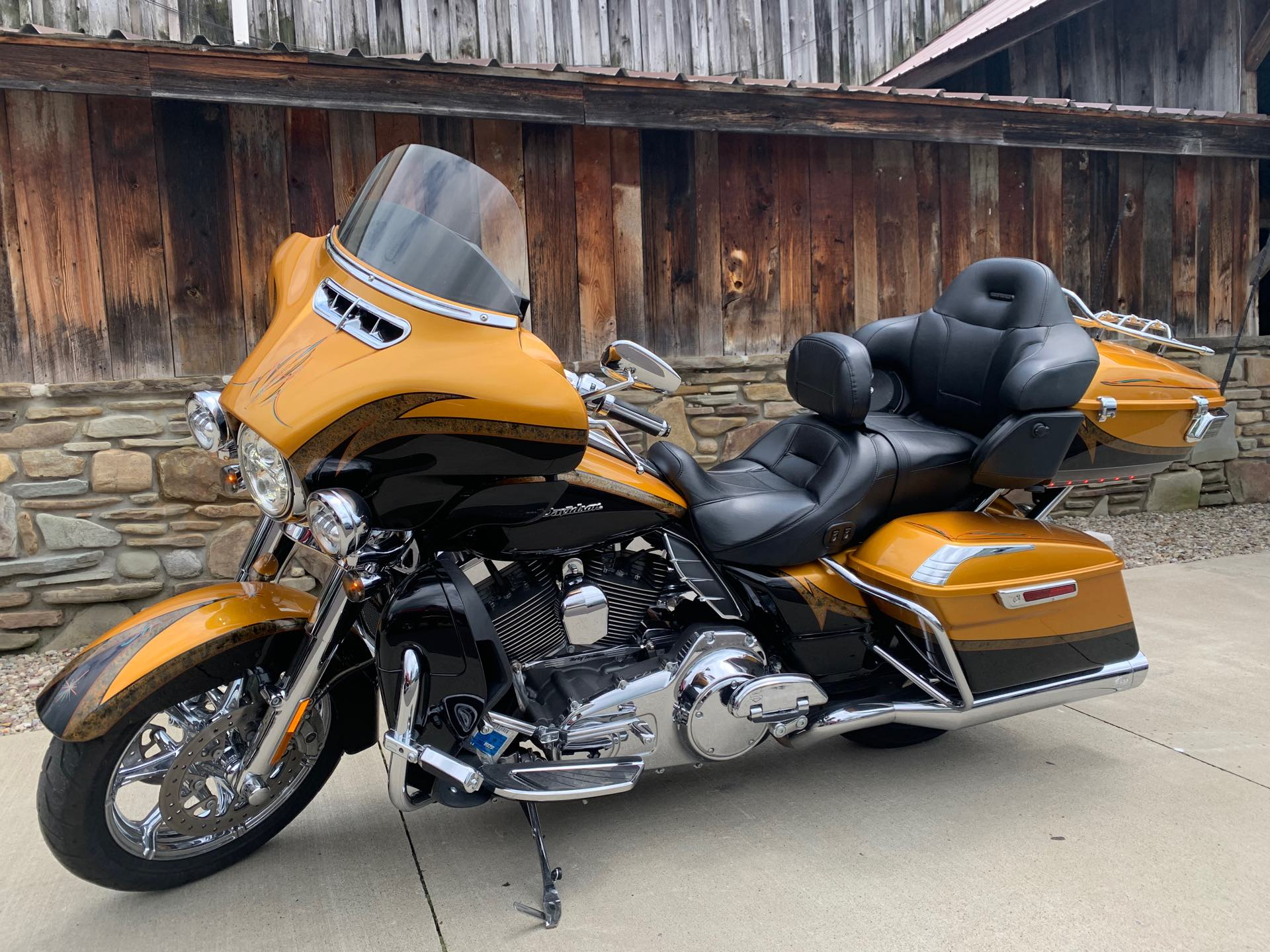 2015 Harley-Davidson Electra Glide CVO Limited at Arkport Cycles