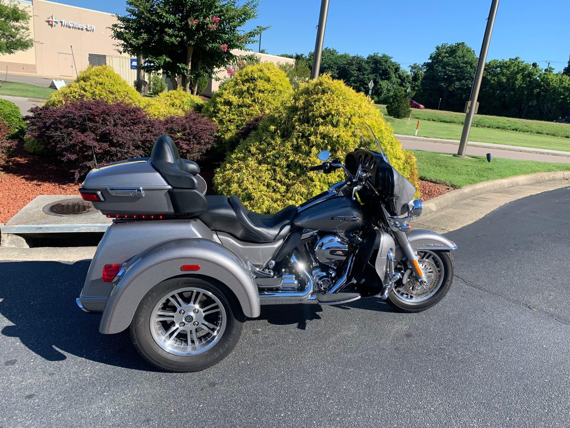 2016 Harley-Davidson Trike Tri Glide Ultra at Colonial Harley-Davidson
