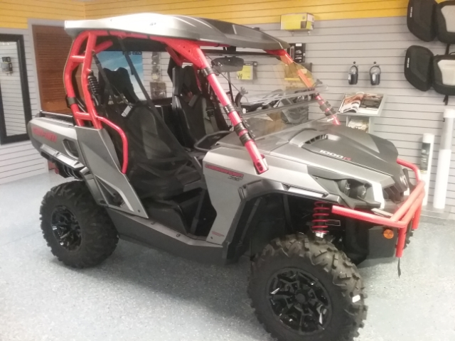 2018 Can-Am Commander 1000R XT at Thornton's Motorcycle - Versailles, IN