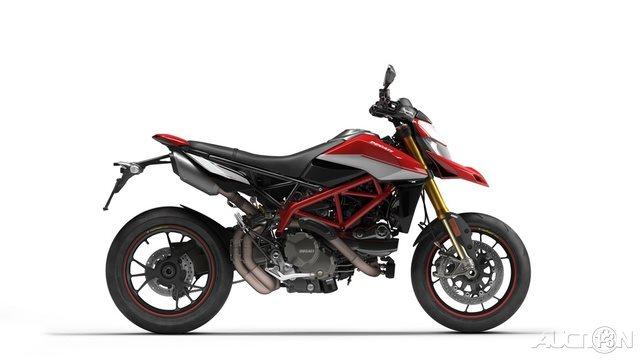 2021 Ducati Hypermotard 950 SP at Eurosport Cycle