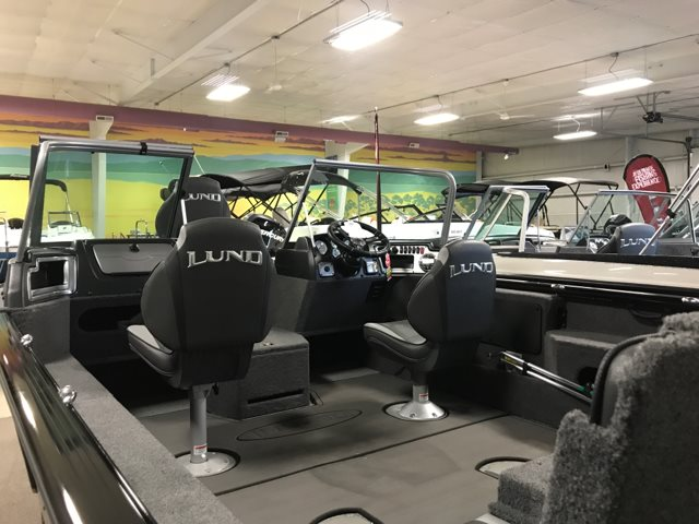2019 Lund 1875 IMPACT XS at Pharo Marine, Waunakee, WI 53597