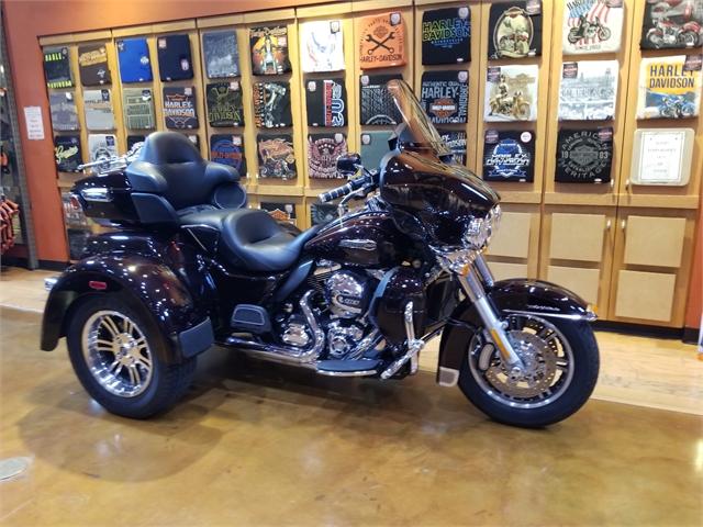 2014 Harley-Davidson Trike Tri Glide Ultra at Legacy Harley-Davidson