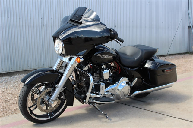 2016 Harley-Davidson FLHX at Gruene Harley-Davidson