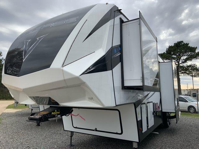 2019 Dutchmen Voltage 3655 Toy Hauler at Campers RV Center, Shreveport, LA 71129