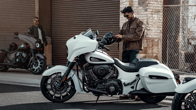 2019 Indian Chieftain Dark Horse at Indian Motorcycle of Northern Kentucky