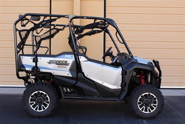 2019 Honda Pioneer 1000-5 LE at Kent Motorsports, New Braunfels, TX 78130