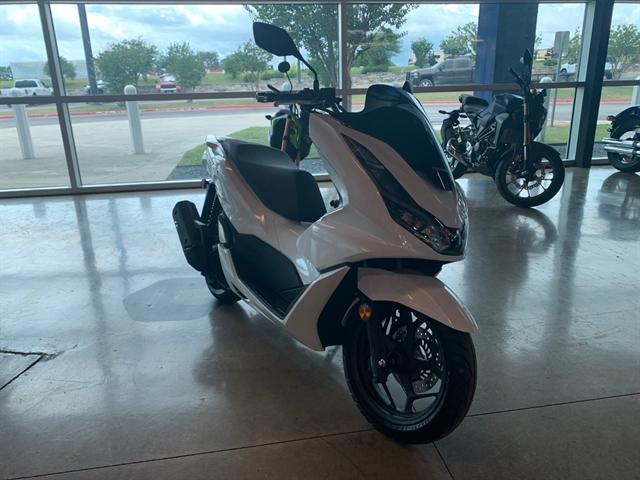 2021 Honda PCX 150 at Kent Powersports of Austin, Kyle, TX 78640