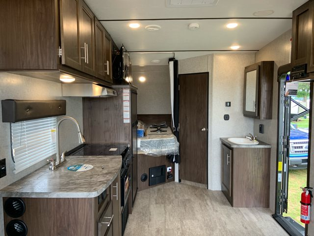 2019 Forest River XLR Boost 20CB Toy Hauler at Campers RV Center, Shreveport, LA 71129