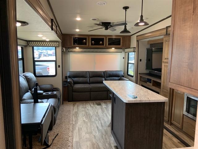 2020 Coachmen Chaparral 360IBL 360IBL at Campers RV Center, Shreveport, LA 71129
