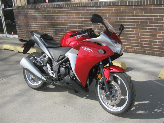 2011 Honda CBR250R at Brenny's Motorcycle Clinic, Bettendorf, IA 52722