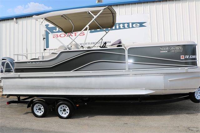2018 Sun Catcher V322SS at Jerry Whittle Boats